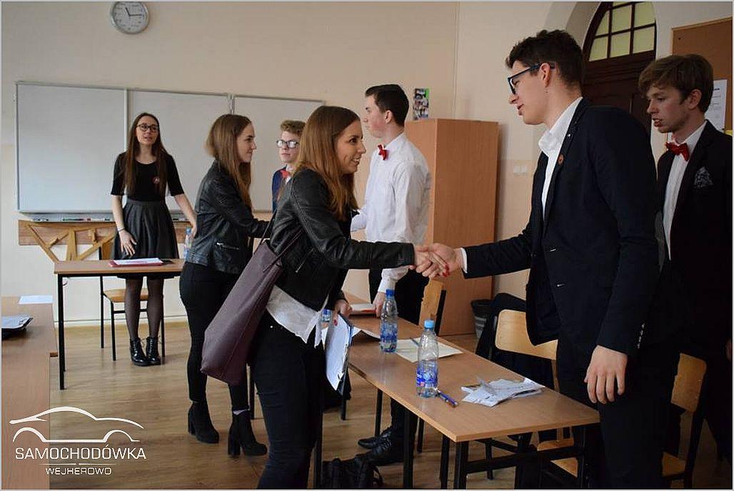 Klasa prawnicza. Debaty 06